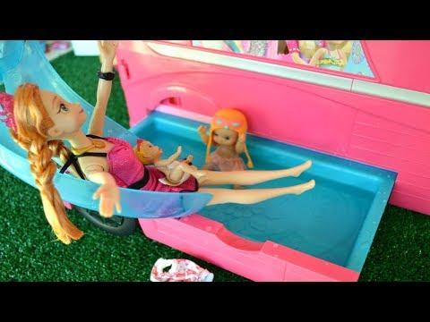 Xxx Mp4 Gabriel Y Anna Frozen Van De Paseo Junto A Su Familia En El Camper De Lujo Barbie TotoyKids 3gp Sex