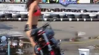 کلیپ های جالب و خنده دار ایرانی Funny Iranian Clips  نتیجه موتور شستن به صورت بی ناموسی !!!