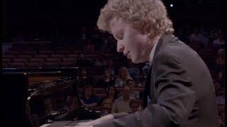 Nikolay khozyainov plays Liszt : Après une lecture de Dante: Fantasia quasi una Sonata, S. 161/7
