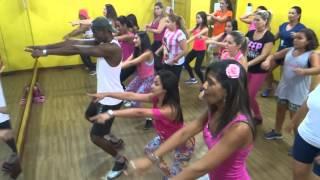 MUTARU: Fit Dance - Baile de Favela (Prof. Gilson Eli)