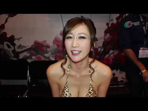 Sexy Japanese Actress - 京香 Julia