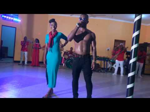 Baba Rhino Live Performance MUDA