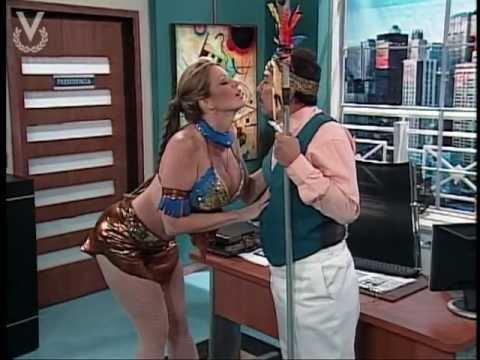 A Que Te Ríes El cacique Navarrete junto a la India Sabrina