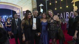 شاهد: تألق النجوم على السجادة الحمراء في افتتاح مهرجان القاهرة السينمائي …