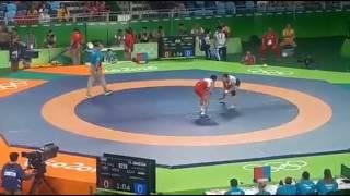 مباراة ايناس خورشيد بطلة مصر في نصف نهائي منافسات المصارعة الحرة بأوليمبياد ريو دي جانيرو