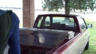 100 Gallon L-shaped Fuel Tank Installed in Pickup Truck Pt 1