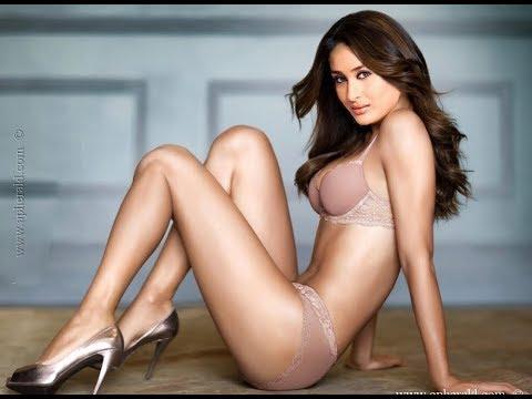 Xxx Mp4 Kareena Kapoor Hot Video 3gp Sex