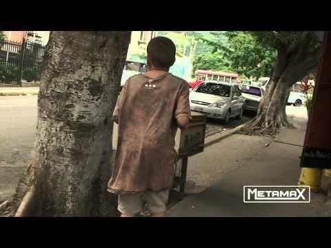 Niño de la calle la violencia nos transforma