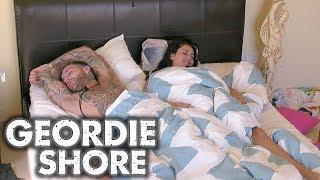 Geordie Shore 1309 | Why Aye! Maaron's Make Up Buck