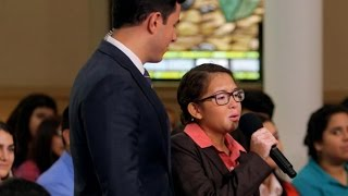 Pope Francis Asks Chicago Teen to Sing for Him: Part 1   Moderated by David Muir   ABC News