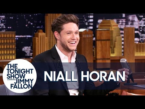 Niall Horan Reveals How Ed Sheeran Ended Up in His Hockey Jersey on a Tour Bus