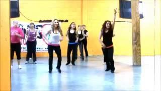 Zumba Con Dely. Daddy Yankee -'Lovumba-' - YouTube.mp4 rola