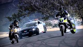INCREDIBLE!!!!!!!!!!!! Police chase bikes, incredible Motorcycle drifting Videos