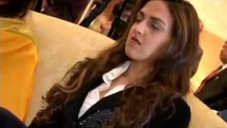 Hema Malini looking for grooms for her  daughters