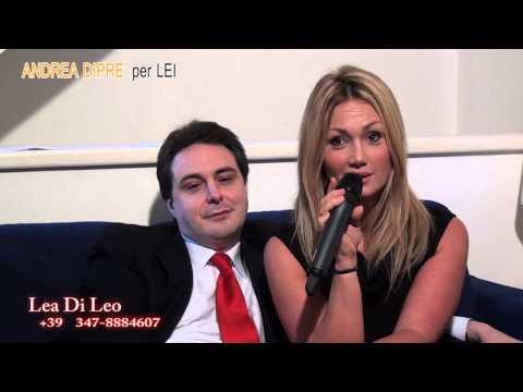 Lea di Leo invita a spruzzare all ANDREA DIPRE PER LEI