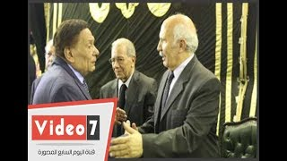الزعيم عادل إمام ووزير الثقافة ونقيب الصحفيين ومصطفى بكرى فى عزاء رفعت السعيد بعمر مكرم