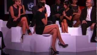 Les jolies jambes d' Alessandra Sublet.