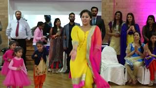 Best Mehndi Dance by Tanu  at Puneet & Preet's  Wedding 2016
