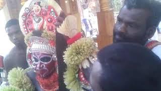 Chalingal Sree Karimchamundi Vishnumoorthi Panchuruli Devasthanam Kaliyattamahothsavam 2018 March 2,