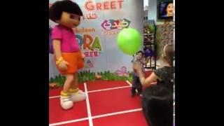Kiddy Zone Qatar  Meet & Greet Dora 2