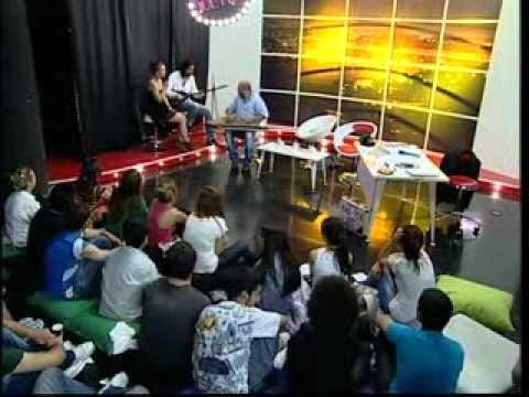 GÜNEŞ ZAVRAK CANLI YAYINDA ŞARKI SÖYLÜYOR - Jülyen Tempo TV