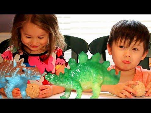 HATCHING DINOSAUR EGGS!!!!  DINOSAUR TOYS! JURASSIC!!  SURPRISE EGGS FOR KIDS!