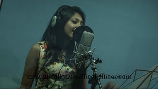 Interview With Singer Bhoomi Trivedi Recorded Party Song For Film Hotel Beautifool