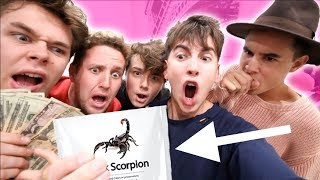ROOMMATE SPIN THE BOTTLE!! (SCORPION EDITION)