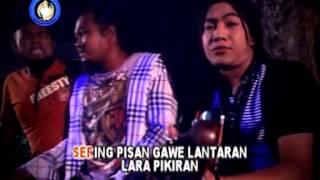 BONEKA CINTA - RUDY SETRO versi karaoke