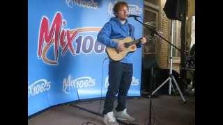 Ed Sheeran - Lego House (Live)