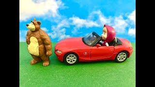 Masza i Niedzwiedz - Bajka po Polsku - Masza i jej nowe auto