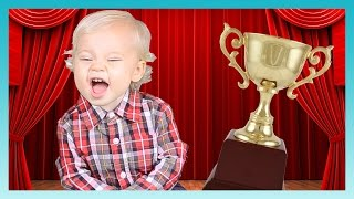 1st ANNUAL LWV AWARDS! | Look Who's Vlogging: Daily Bumps