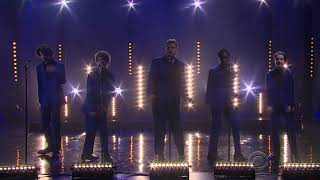 Stranger things cast singing 🎤