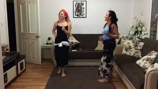 رقص منزلي من بنت قمر   8