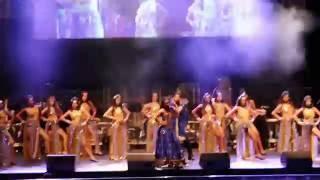 Shiamak Sydney Dance Team at Shreya Ghosal Concert