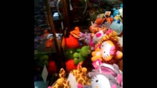 Elaut Claw Machine Win! Hello Kitty Lion win!