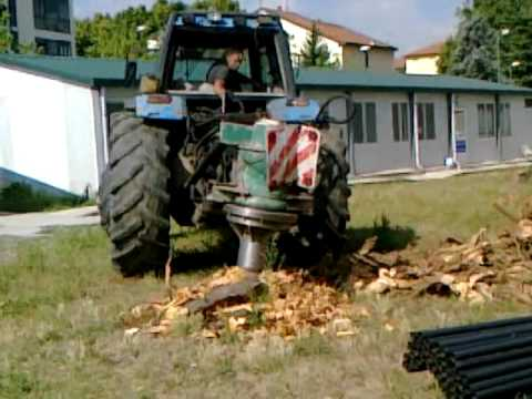 Macchine agricole trivella per rimozione tronchi