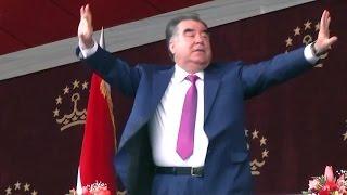 رقص و پایکوبی امامعلی رحمان، رئیس جمهوری تاجیکستان در مراسم نوروز