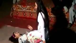 Sexy Dance on mehndi