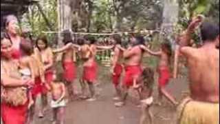 Tari telanjang suku Amazon :)