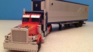 TRANSFORMERS MOVIE TRILOGY OPTIMUS PRIME VIDEO TOY REVIEW