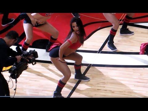 Miami Heat Dancer Jennifer Valdes 10.30.14