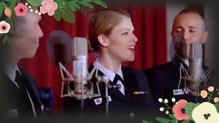 كورال عسكري امريكي يغني لمصر غنوة وطنيه - فيها حاجة حلوة