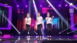 DUEL: Michael Jackson - The Way You Make Me Feel. Vezi interpretarea trupei 3 O'Clock, la X Factor