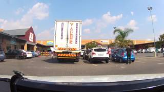 20170404 Arrest of armed robbers and hijackers South Africa