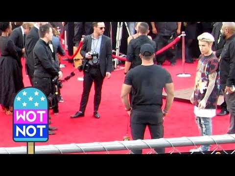 Justin Bieber Wears A Nirvana T Shirt to the AMA s in Los Angeles