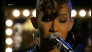 Butterscotch sings in Germany - Summertime  (HD)