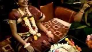 Pooja's Dohale Jevan
