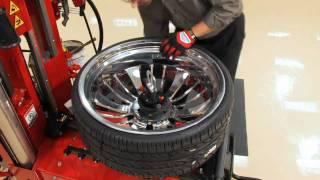 The Hunter Auto34 Leverless Tire Changing Machine