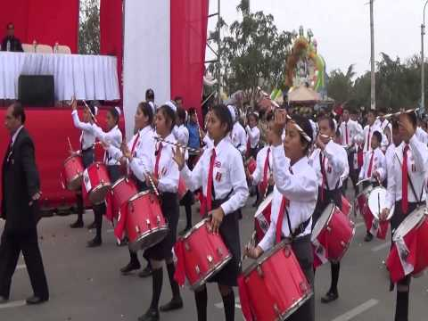 Desfile Escolar en Tablada de Lurín